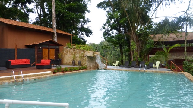 piscine lodge Tortuguero