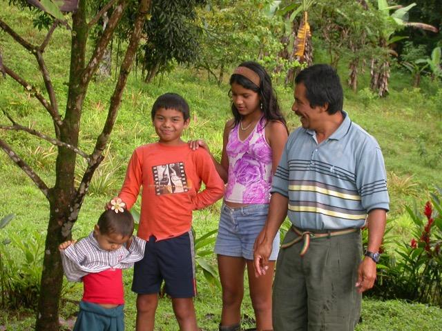 famille santiago montagne costa rica